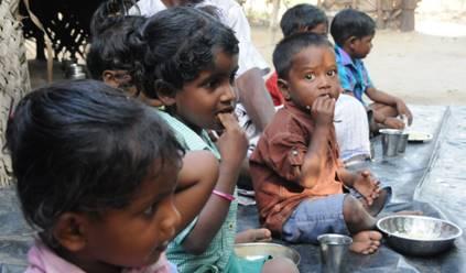 5歳未満の子どもたちの栄養不良が大きな課題です